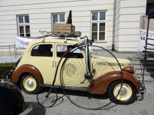 Otwarcie wystawy Mobilnego Muzeum Rowerów @ Plac Konstytucji 3 Maja 3