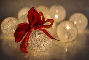 """Warsztaty tworzenia ozdób i dekoracji bożonarodzeniowych @ Dom Kultury """"Borki"""""""